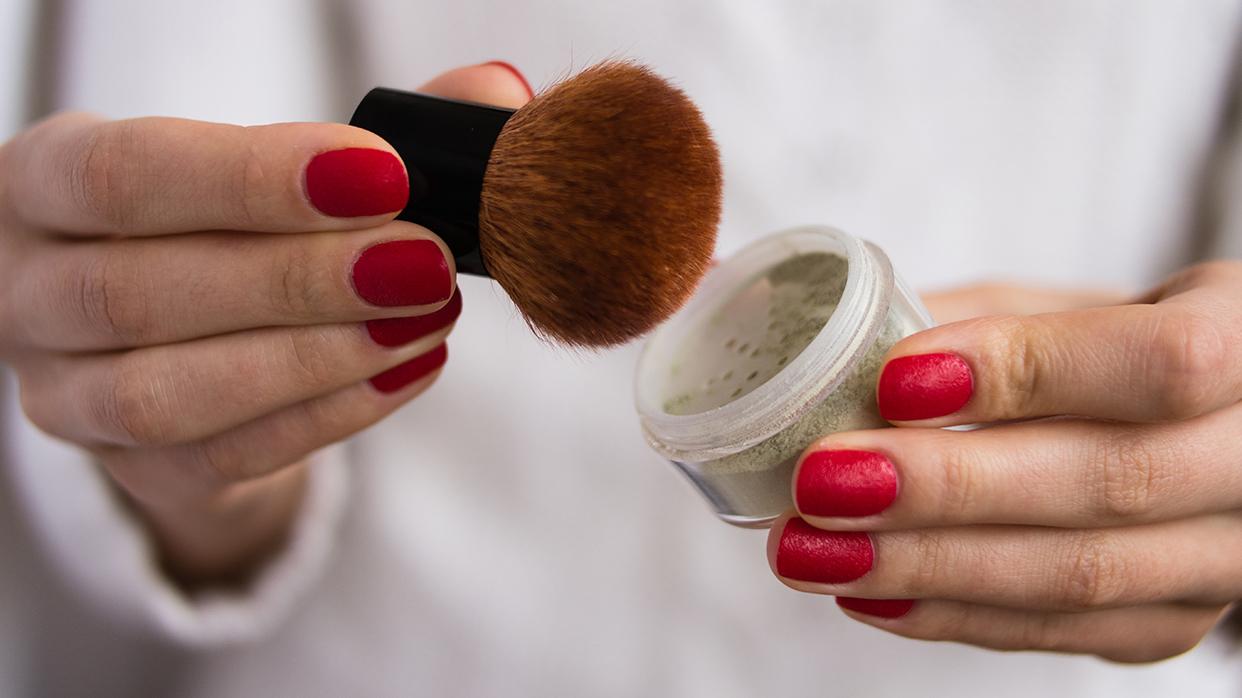 Как избежать типичных ошибок макияжа после сорока