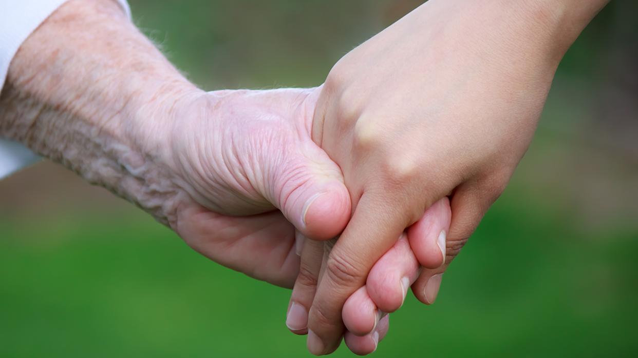 Как остановить старение рук иподарить иммолодость