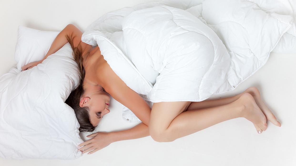 Язык тела: очем расскажет поза, вкоторой выспите