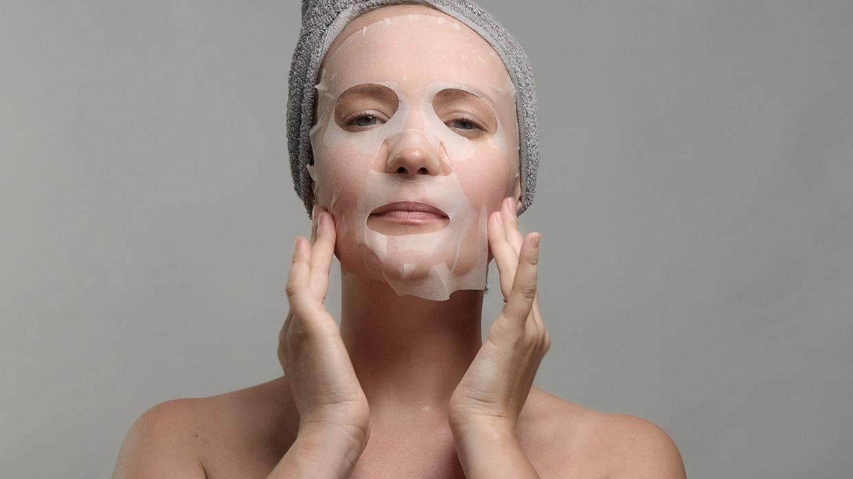 Эффект «Вау!», или суперсемерка тканевых масок для молодости икрасоты лица