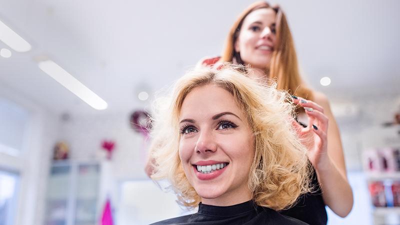 Какие стрижки подходят девушкам стонкими волосами