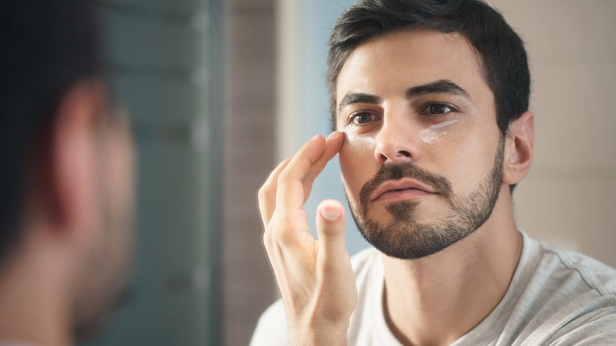 Косметика имейкап для мужчин— старый тренд нановый лад